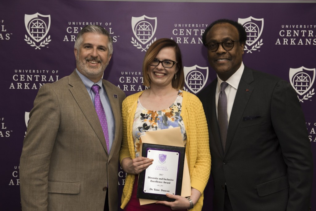 President Houston Davis; Dr. Taine Duncan, Department of Philosophy and Religion, 2017 Diversity and Inclusiveness Excellence Award recipient; and Ronnie Williams, vice president for Student Services and Institutional Diversity