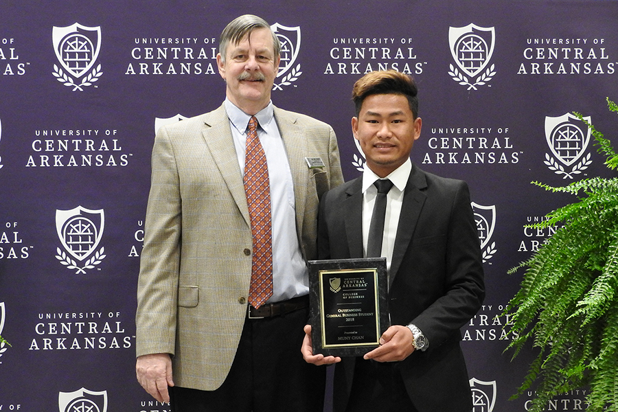 Outstanding Student - Muny Chan