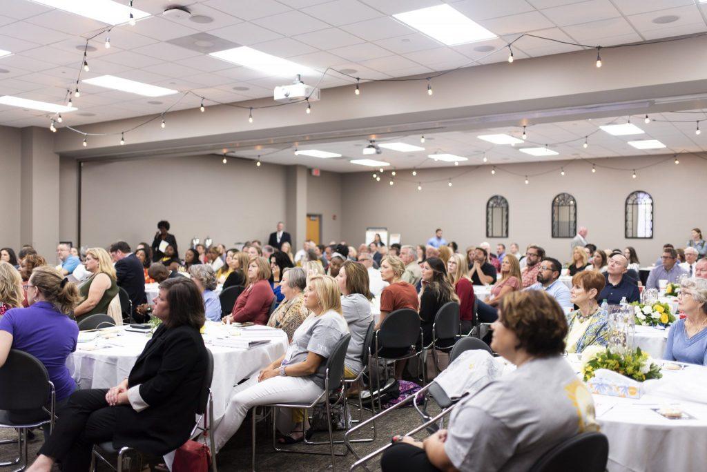 CDI participants at banquet