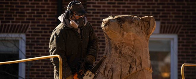 Sculptor Creates Valor II Sculpture on Campus