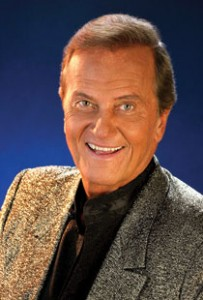 Pat Boone to Perform Holiday Concert
