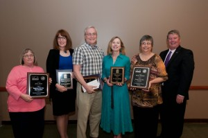 Jane Andis, Nancy Gallavan, Doug Corbitt, Lynn Burley, Donna Johnson and President Tom Courtway