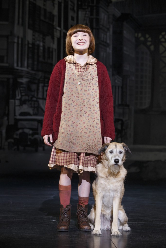 Heidi Gray as Annie and Macy as Sandy. Photo credit © Joan Marcus