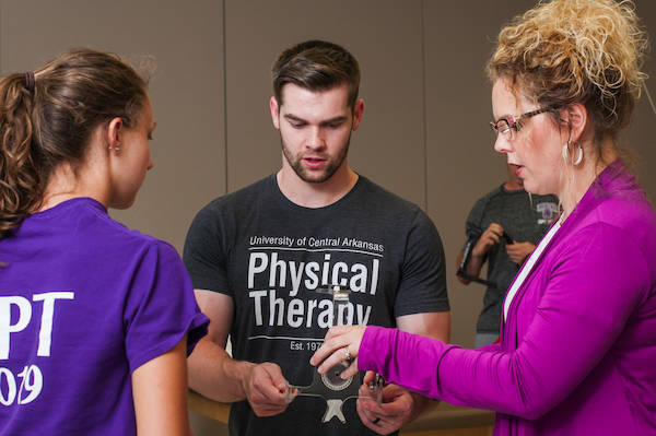 physical-therapy-students-class_35-Large digital JPG