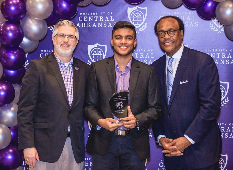 photo of President Davis, Rohan Saxena, and Vice President Williams